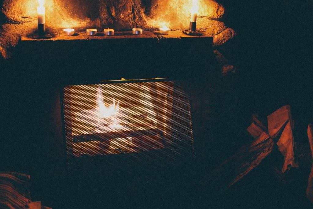 Kolarbyn Ecolodge Fireplace - Sweden
