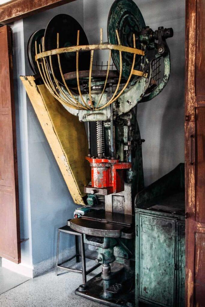 Machine at Schindler's Factory