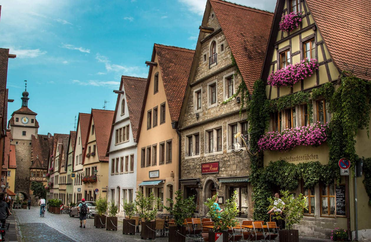 rothenburg ob der tauber germany 39 s cutest medieval walled city. Black Bedroom Furniture Sets. Home Design Ideas