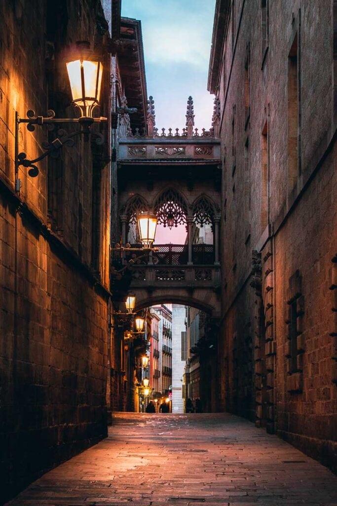 Carrer del Bisbe Bridge in Barcelona's Gothic Quarter