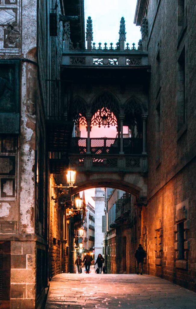 Barcelona Gothic Quarter Bridge