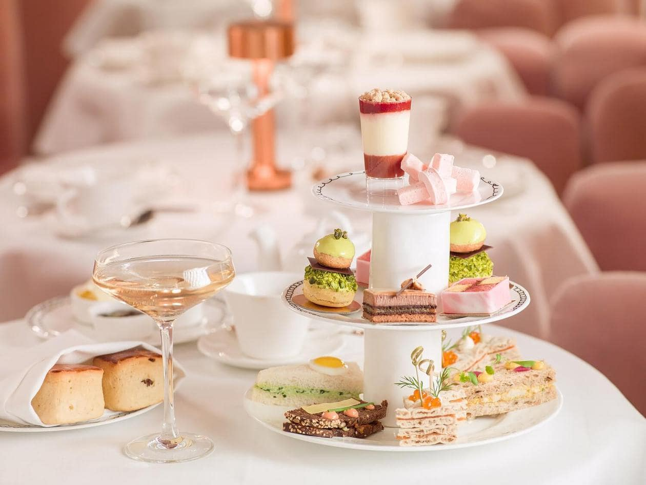Inside London's most photogenic restaurant. Sketch serves up Afternoon Tea in their famous pink restaurant, The Gallery. Keep reading for visitor information, photos prices and more.