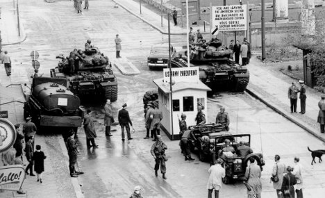 Checkpoint Charlie StandOff