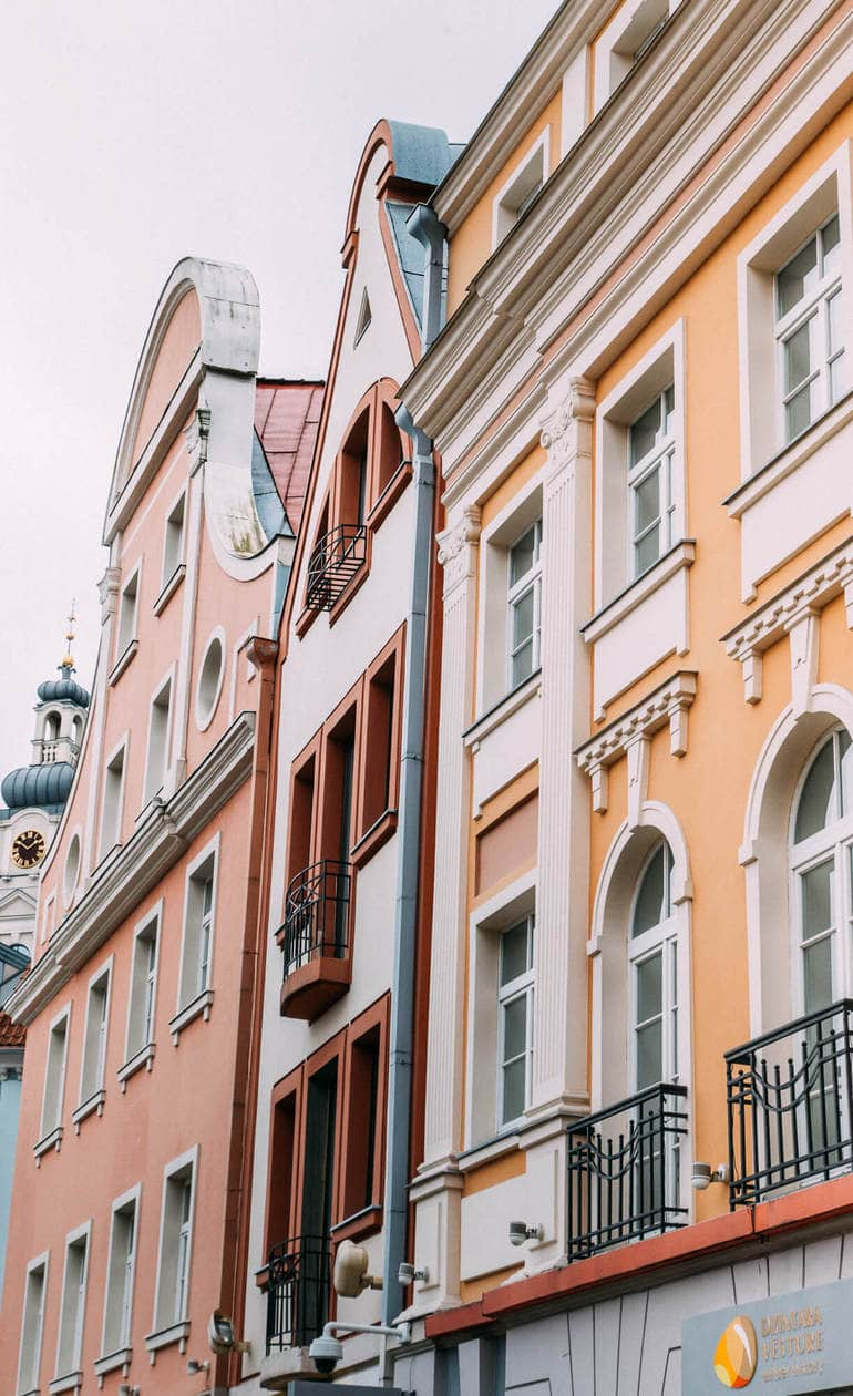 20 Pictures of Riga to Inspire You to Visit // Old Town Architecture