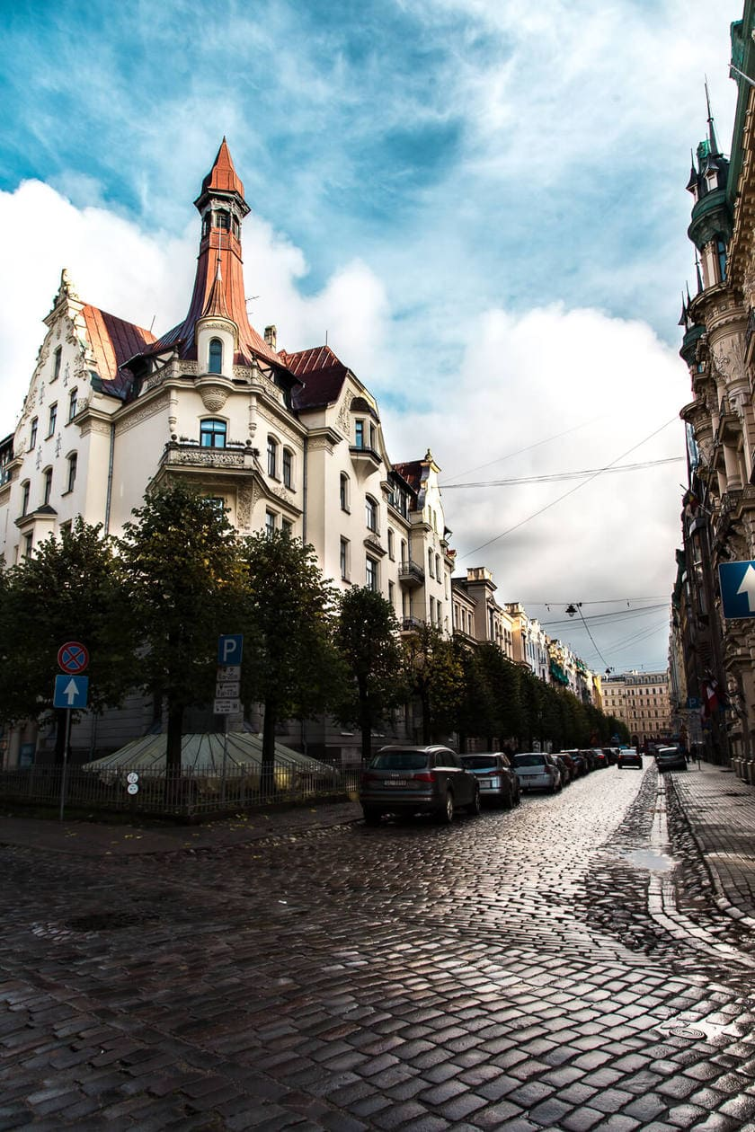 20 Pictures of Riga to Inspire You to Visit // Alberta Iela