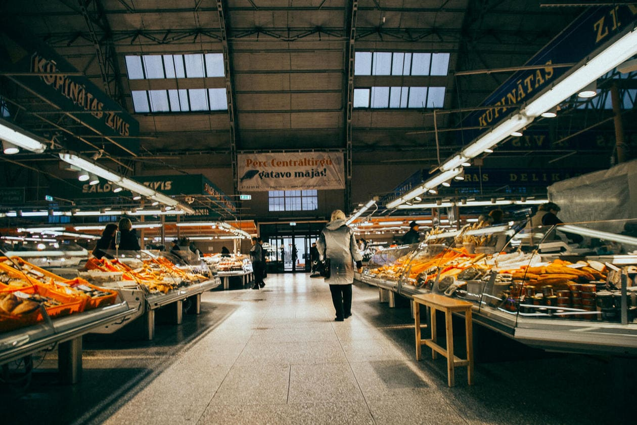 What to do in Riga // Central Market