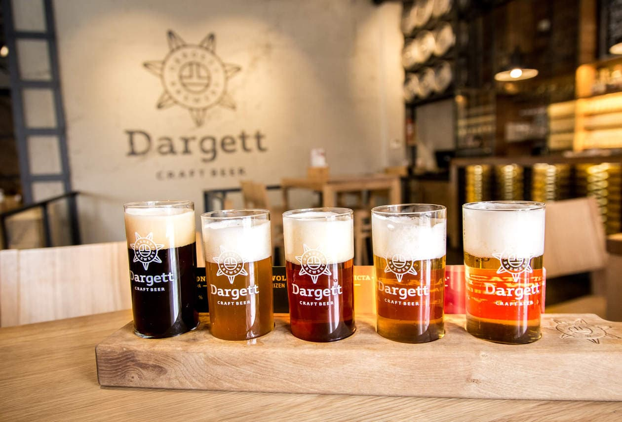 Dargett Craft Beer // A list of the top Yerevan restaurants and bars to try in Armenia (recommended by locals!). Choose from traditional Armenian restaurants to french style cafes. Plus discover the best wine bars in Yerevan to taste local Armenian wine.