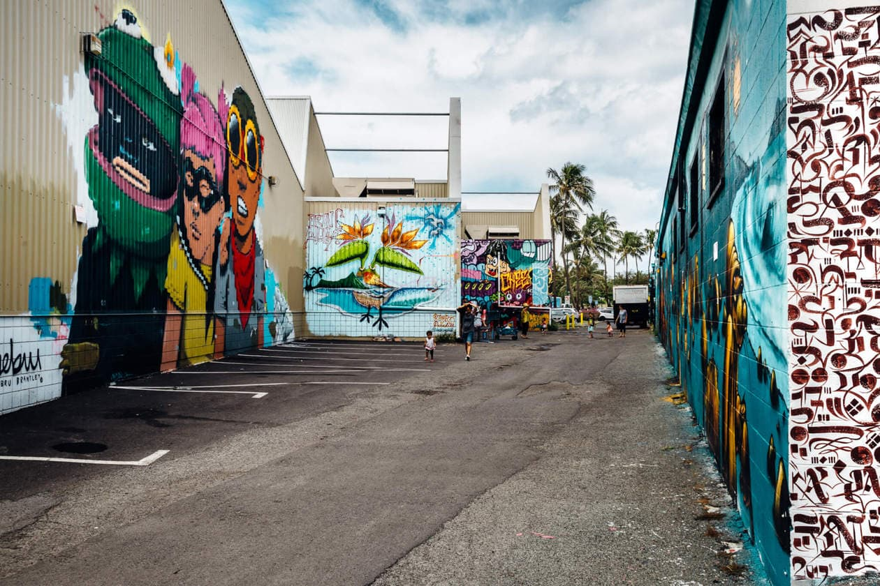 """Kakaako has been called """"Honolulu's hippest neighborhood.""""It's home to popular local events like monthly food truck festivals and Yoga & Brunch. Embark on your own local micro brewery tour, discover hidden speakeasies and seek out the most Instagrammable street art Oahu has to offer in Kaka'ako."""