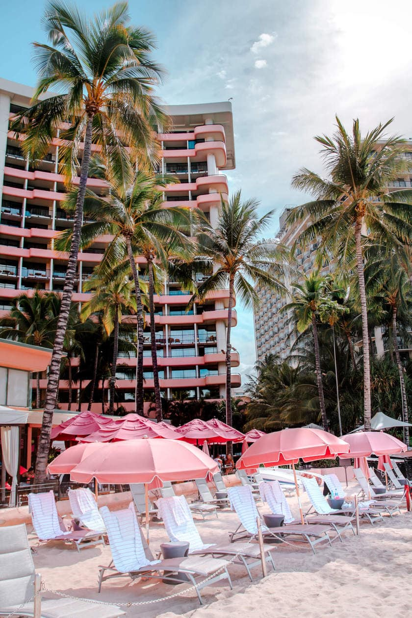 The Royal Hawaiian Hotel aka the Pink Palace of the Pacific // 20 beautiful pictures of Oahu, Hawaii that capture all of the Aloha vibes; from jungle waterfalls, white sand beaches and colorful sunsets, keep reading to ignite your wanderlust and inspire your next visit to the Hawaiian Islands.