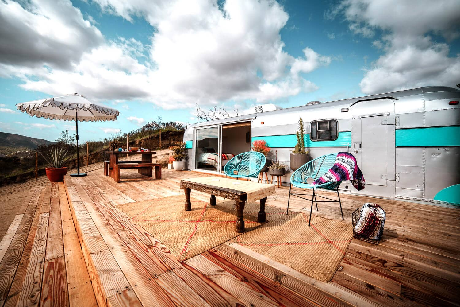 Arre Lulu Baja is a renovated airstream in Valle de Guadalupe, Mexico's wine region. With it's instagrammable decor, large patio, soaking bathtub and valley views, this Airbnb is the perfect, unique place to stay while you're in Baja California. Keep reading for photos and information about our stay!