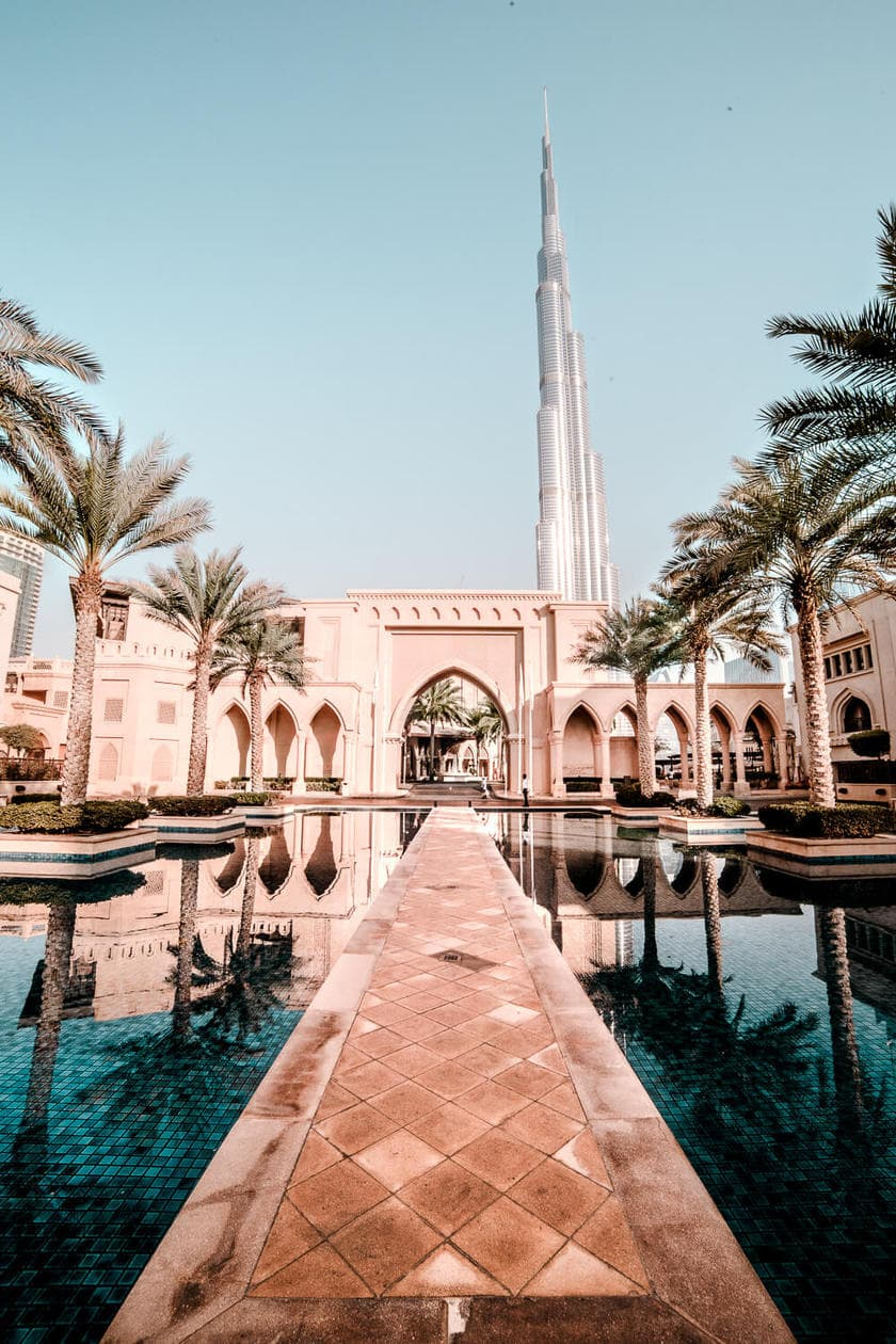 "From the world's tallest building, to a ""7 star"" hotel, rooftop views & more, click to discover 20 pictures of Dubai to inspire your next visit to the UAE."