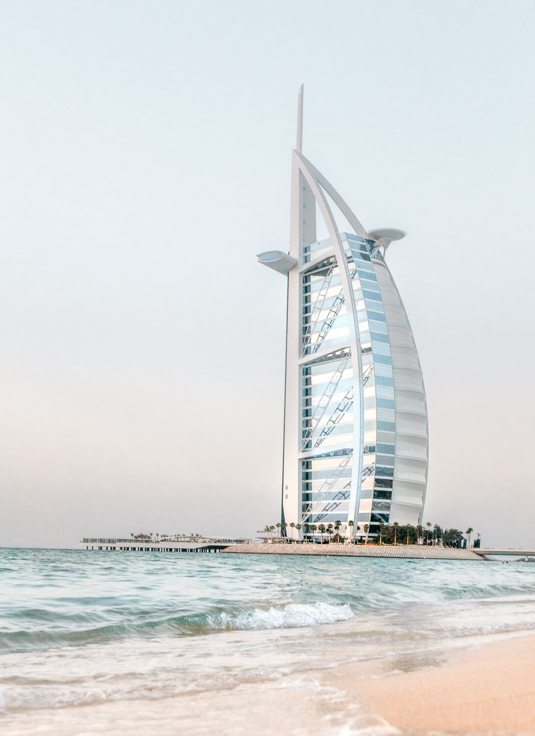 Burj al Arab // The Ultimate Dubai Travel Guide // Everything you need to know for a visit to the United Arab Emirates including transportation tips, things to do, what to wear, photography and more!