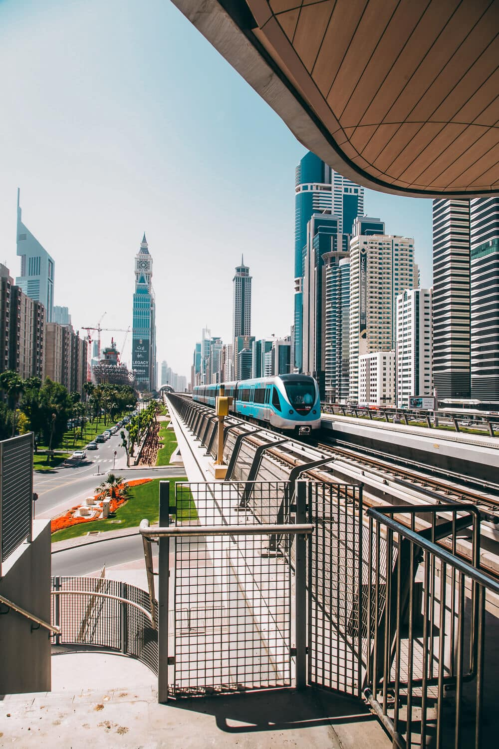 The Dubai Metro // The Ultimate Dubai Travel Guide // Everything you need to know for a visit to the United Arab Emirates including transportation tips, things to do, what to wear, photography and more!