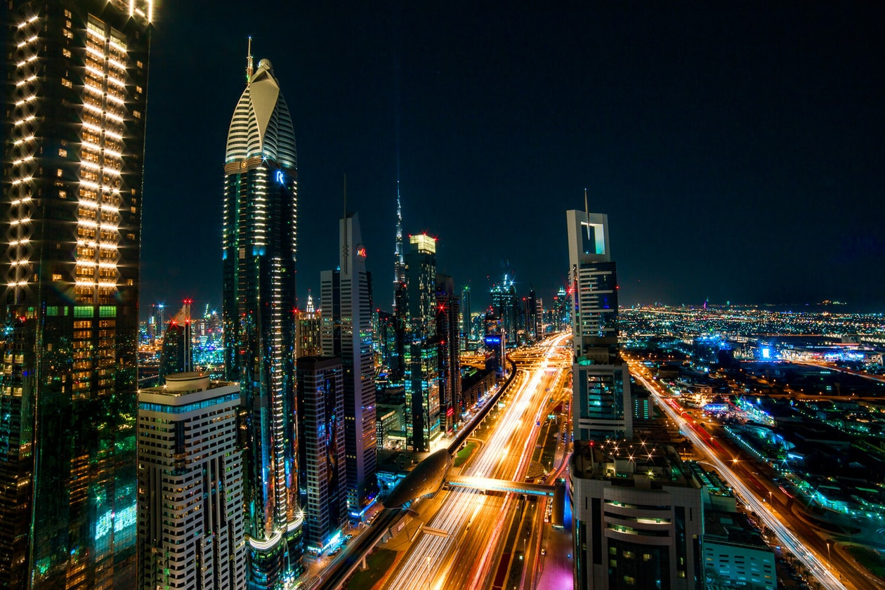 Level 43 Sky Lounge in the Four Points by Sheraton Hotel offers an incredible view of Sheik Zayed Road. Click to discover the best rooftop bar in Dubai, plus tips for visiting, photos and more.
