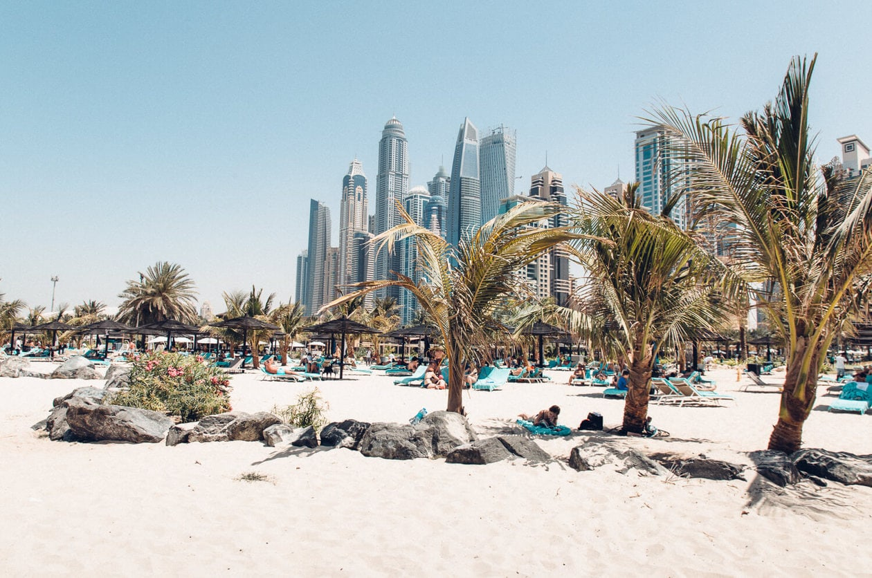 A list of the top 10 things to do and places to visit in Dubai. From rooftop bars, to beaches, plus where to find the best views and more.