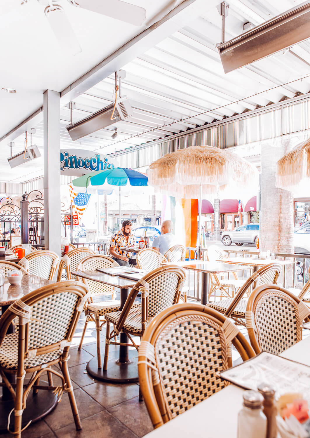 From the best happy hours, a $4.95 bottomless champagne brunch, and the city's most instagrammable locations, here are 15 local gems you must visit during your next Palm Springs, California getaway.