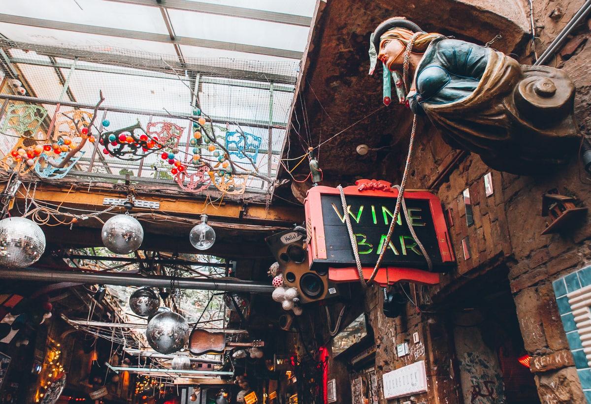 Szimpla Kert - Budapest Ruin Bars
