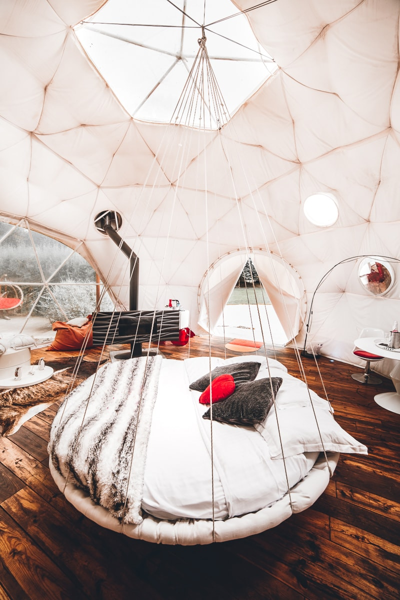 Igloo Hotel Room - Glamping in France