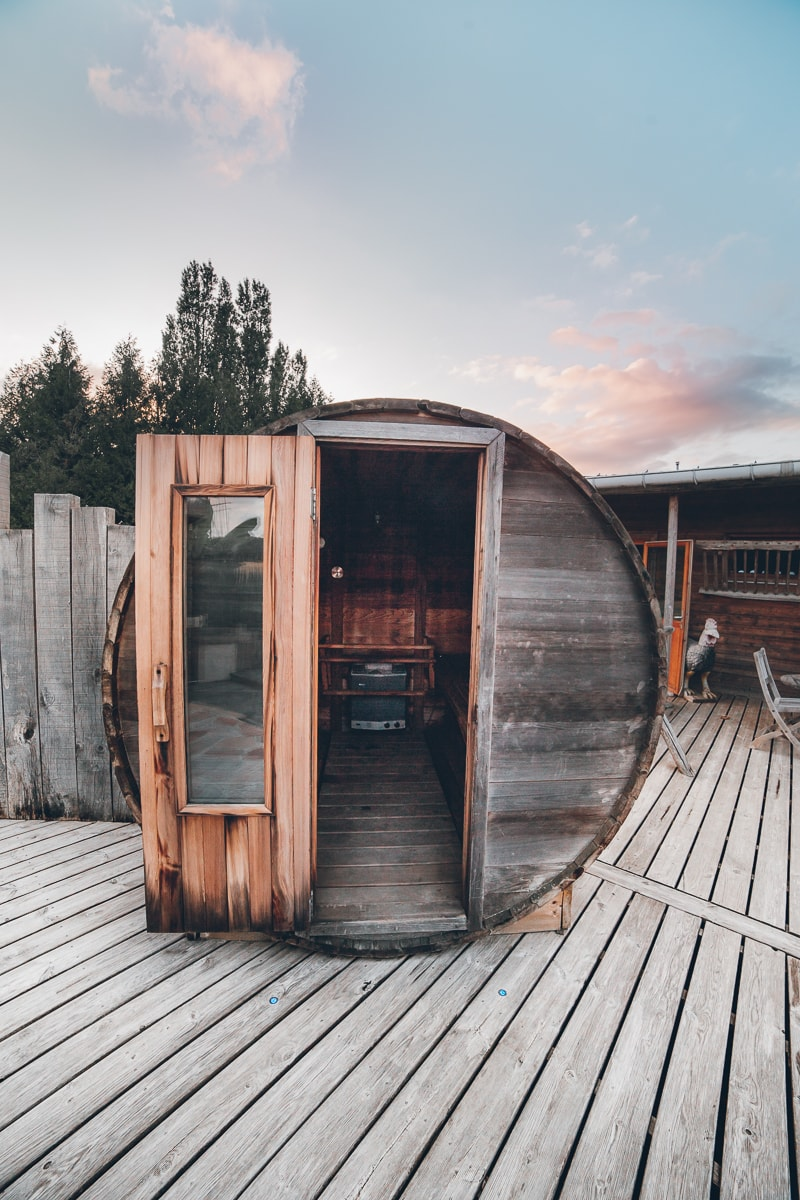 Red Oak Cedar Barrel Sauna in Brittany, France