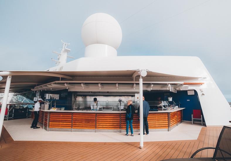 celebrity cruise mast grill