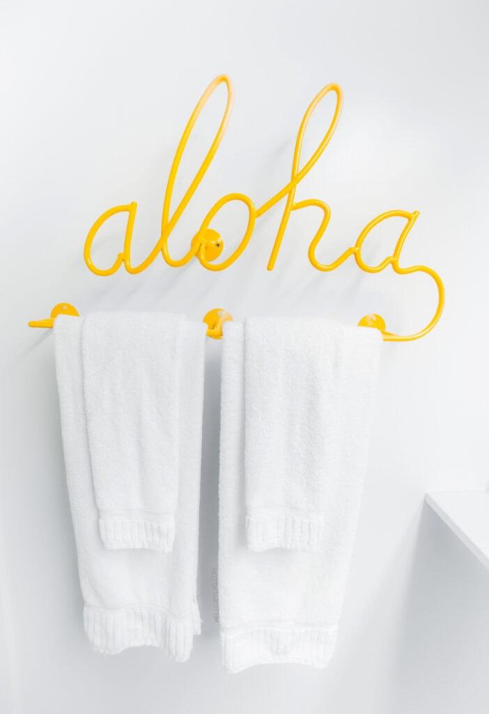 Aloha Towel Rack