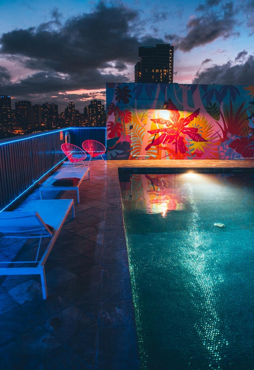Shoreline Hotel Waikiki Rooftop Pool