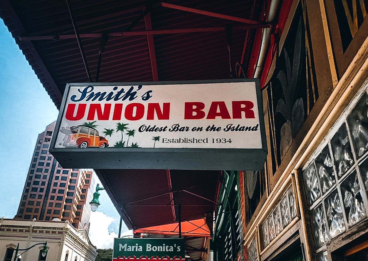 Smith's Union Bar Honolulu