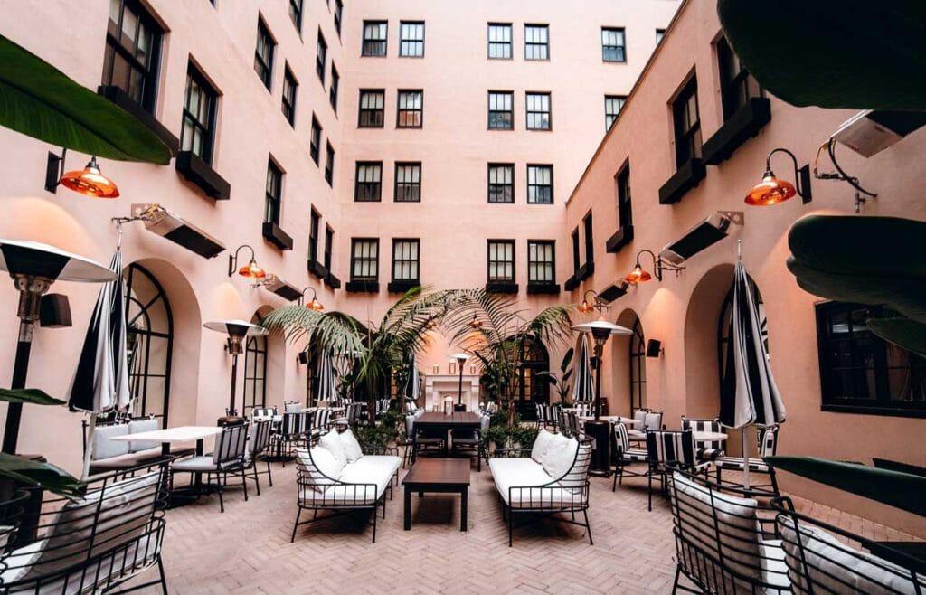 The Guild Hotel Courtyard Luca Restaurant