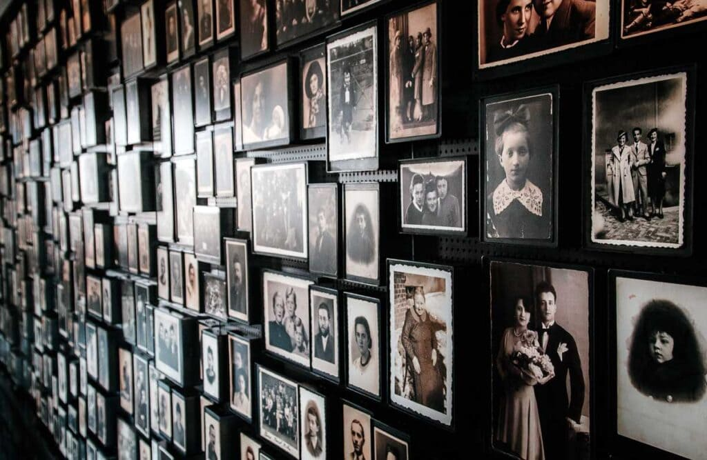 Personal photos of Auschwitz victims